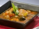 Рибена супа с домати и маслини